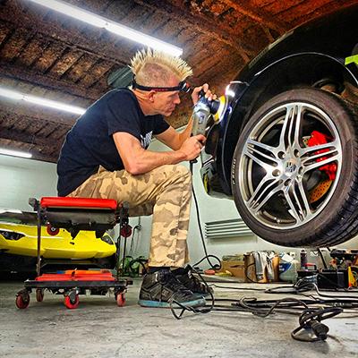 Portable Car Lift for Car Detailing