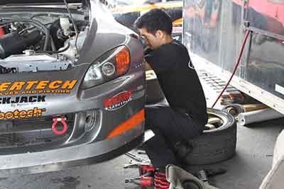 QuickJack Portable Auto Lift Racing Hartanto